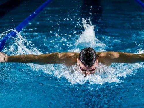 relojes y pulseras natación
